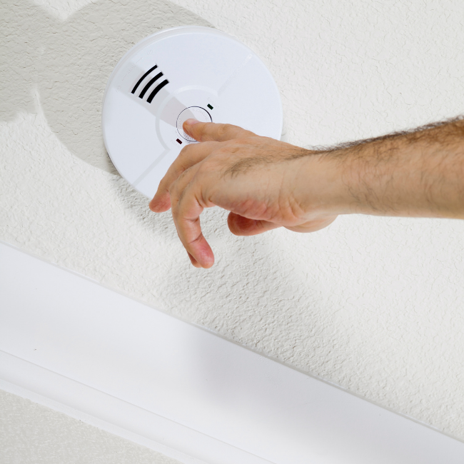smoke alarm safety certificate UK